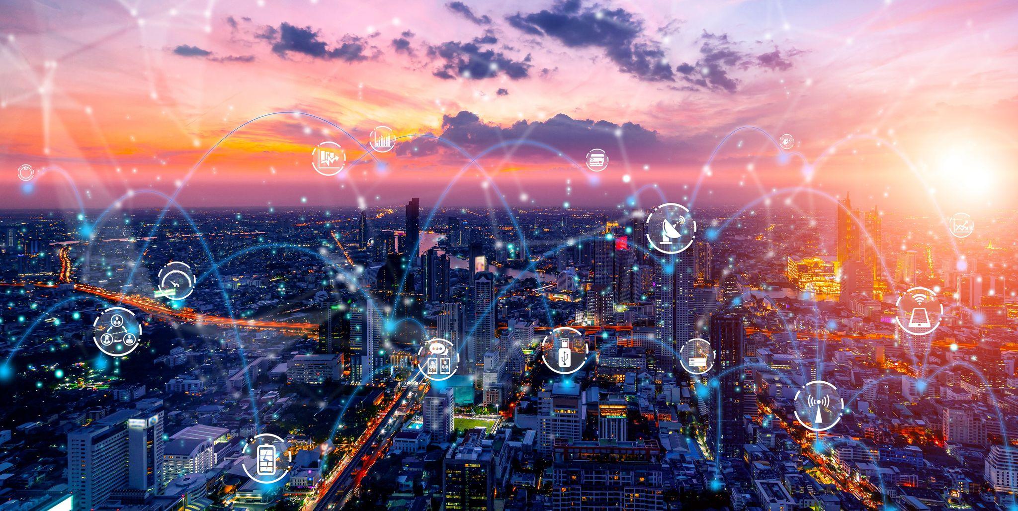 Rolul rețelelor descentralizate într-o lume hiperconectată şi încărcată de informații
